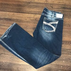 Silver Jeans | Twisted Bootcut